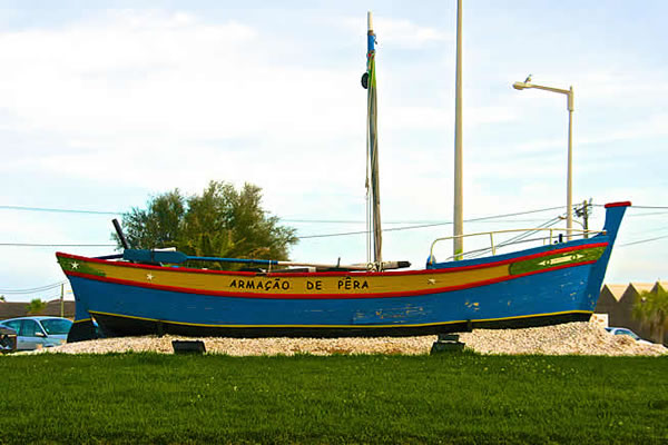 Old fishing boat used by Armacao de Pera fishermen